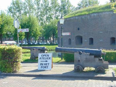 amsterdam-castle-tour-canon-fort-weesp