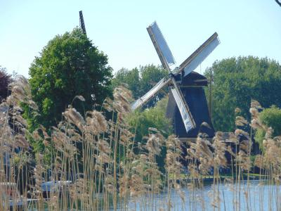 amsterdam-castle-tour-windmill-friendship-working-every-saturday