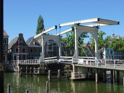 amsterdam castle tour - skinny bridge weesp