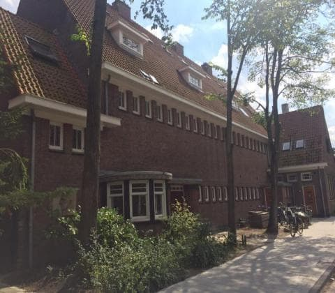 johan cruijff tour - the place he went to school